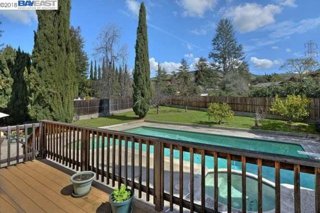 370 Pine Street, Fremont, CA 94539 (#BE40813152) :: The Dale Warfel Real Estate Network