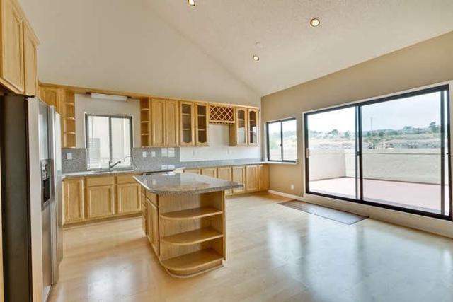 1 Appian Way 705-6, South San Francisco, CA 94080 (#ML81655733) :: Carrington Real Estate Services