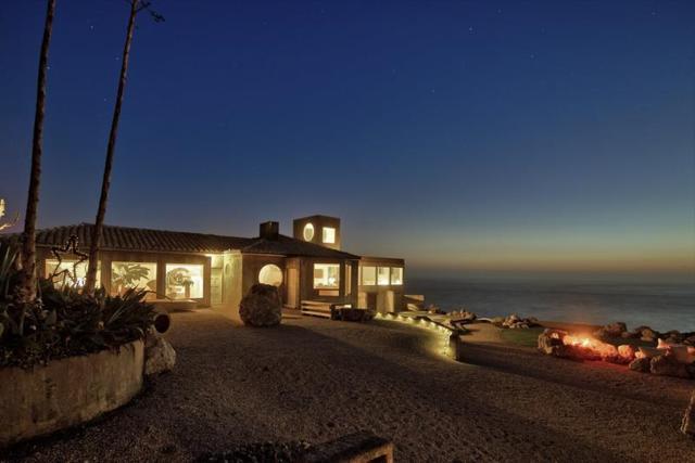 8322 Cabrillo Hwy, Montara, CA 94037 (#ML81676746) :: The Kulda Real Estate Group