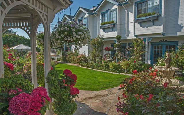 615 Mill St, Half Moon Bay, CA 94019 (#ML81680040) :: The Kulda Real Estate Group