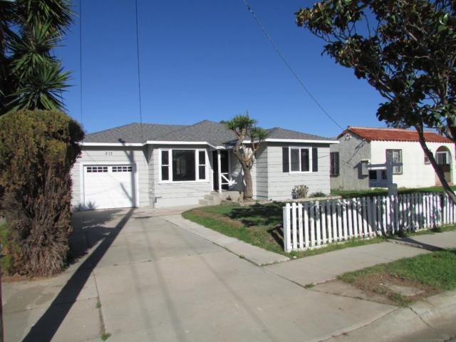 217 Pine St, Soledad, CA 93960 (#ML81691627) :: The Dale Warfel Real Estate Network