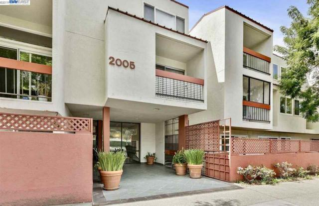 2005 Pleasant Valley Ave, Oakland, CA 94611 (#BE40855229) :: Brett Jennings Real Estate Experts