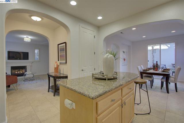 3306 Browntail Way, San Ramon, CA 94582 (#BE40870926) :: Strock Real Estate