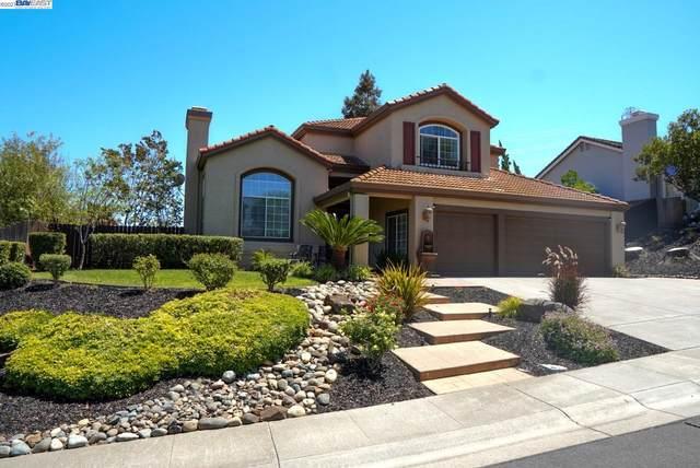 2700 Seminole Cir, Fairfield, CA 94533 (#BE40963360) :: The Kulda Real Estate Group
