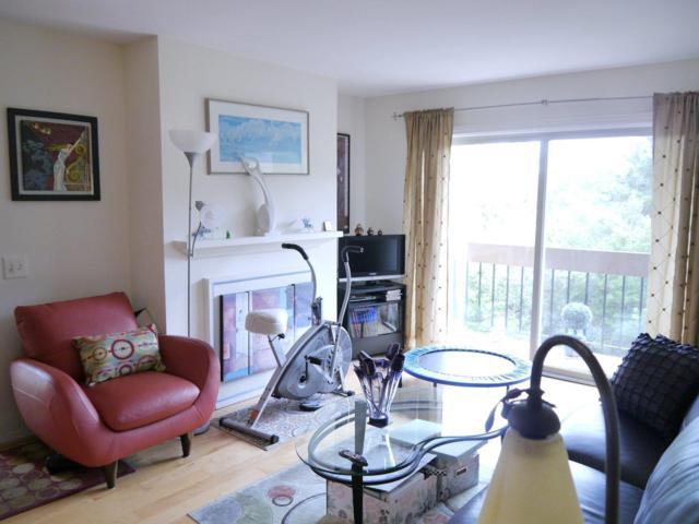 4202 Golden Oaks Ln 4202, Monterey, CA 93940 (#ML81705437) :: Strock Real Estate