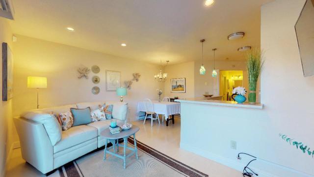 125 Surf Way 342, Monterey, CA 93940 (#ML81726912) :: The Goss Real Estate Group, Keller Williams Bay Area Estates