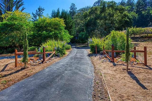 271 Eureka Canyon Rd, Watsonville, CA 95076 (#ML81803545) :: Real Estate Experts