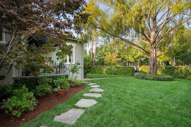 302 Edgewood Rd, Redwood City, CA 94062 (#ML81814026) :: The Realty Society