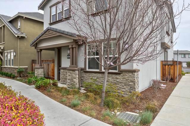 865 Maple Place, East Palo Alto, CA 94303 (#ML81829854) :: Olga Golovko