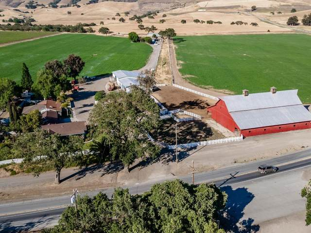 3665 Pacheco Pass Hwy, Gilroy, CA 95020 (#ML81848444) :: The Sean Cooper Real Estate Group