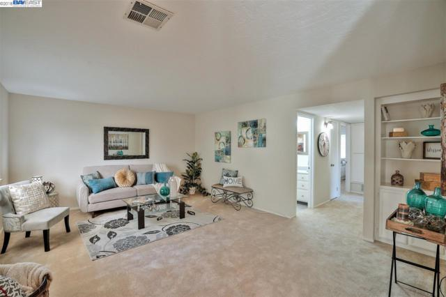 39099 Walnut Ter, Fremont, CA 94536 (#BE40839307) :: Maxreal Cupertino