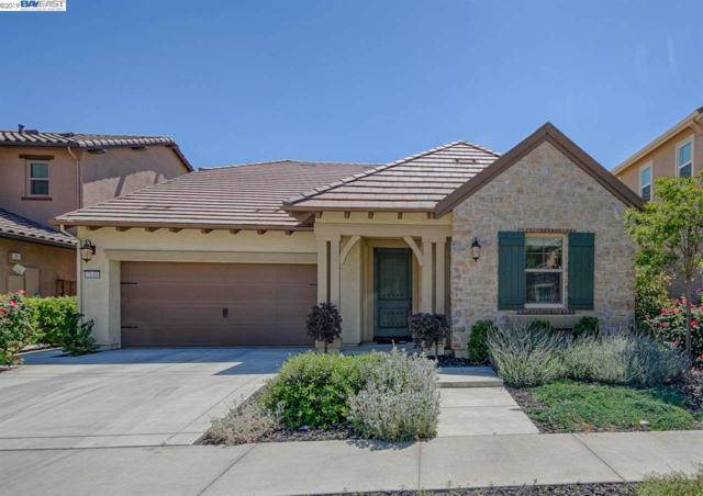 2640 Tiffany St, Lodi, CA 95242 (#BE40871233) :: Strock Real Estate