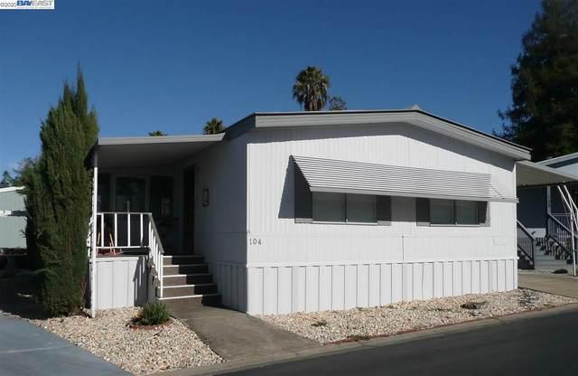3263 Vineyard Ave., #104 104, Pleasanton, CA 94566 (#BE40891850) :: Strock Real Estate