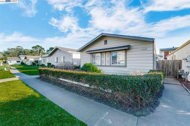 742 Arnold Way, Half Moon Bay, CA 94019 (#BE40895347) :: The Kulda Real Estate Group