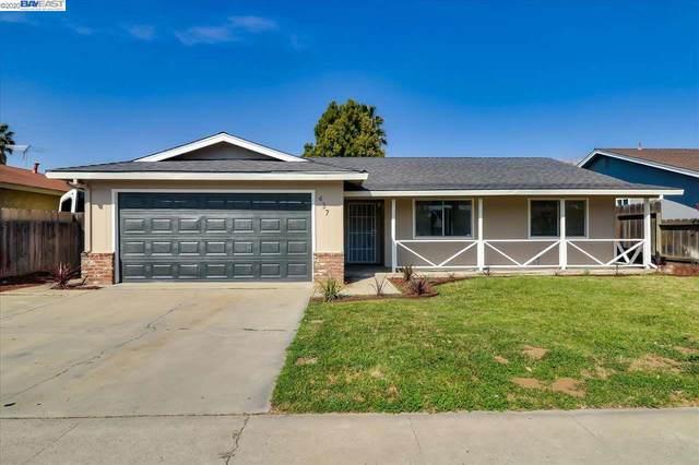 437 Parkwood Dr, Manteca, CA 95336 (#BE40898366) :: The Kulda Real Estate Group