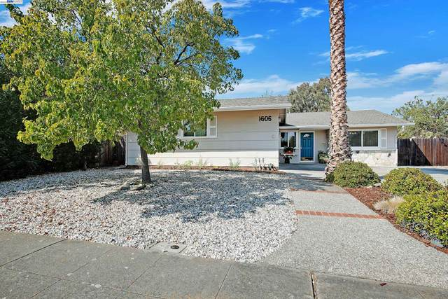 1606 Hollyhock St, Livermore, CA 94551 (#BE40966332) :: Strock Real Estate