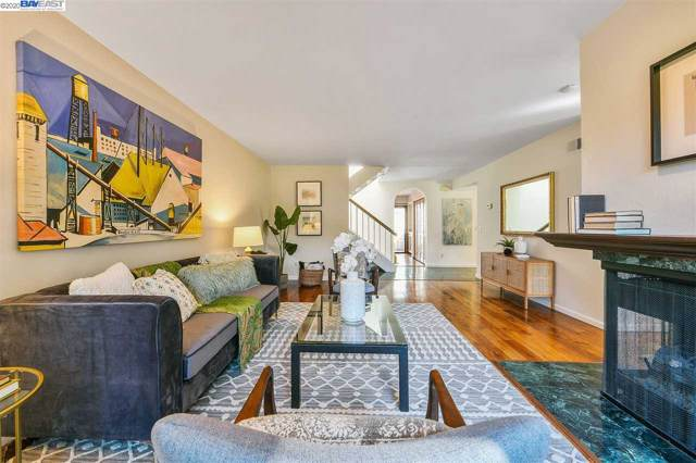548 Queens Road, Alameda, CA 94501 (#BE40892490) :: The Kulda Real Estate Group