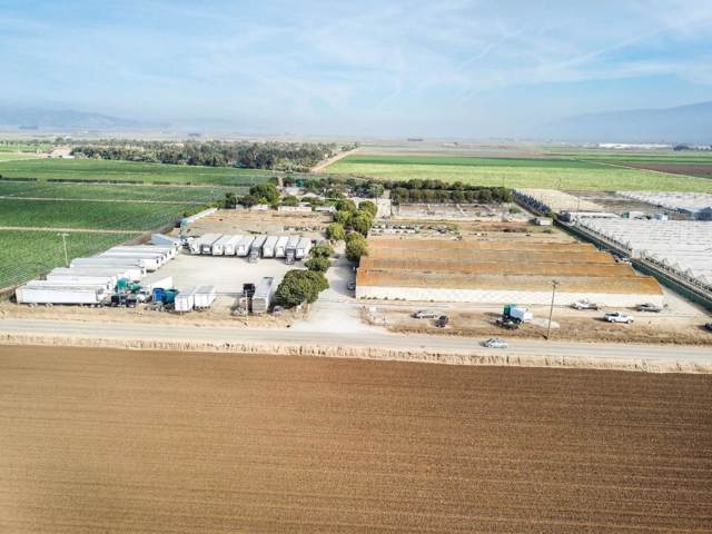 24000 Potter Rd, Salinas, CA 93908 (#ML81750253) :: The Kulda Real Estate Group