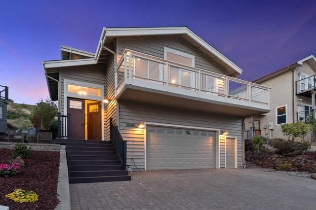 1046 San Carlos Ave, El Granada, CA 94018 (#ML81844581) :: Real Estate Experts