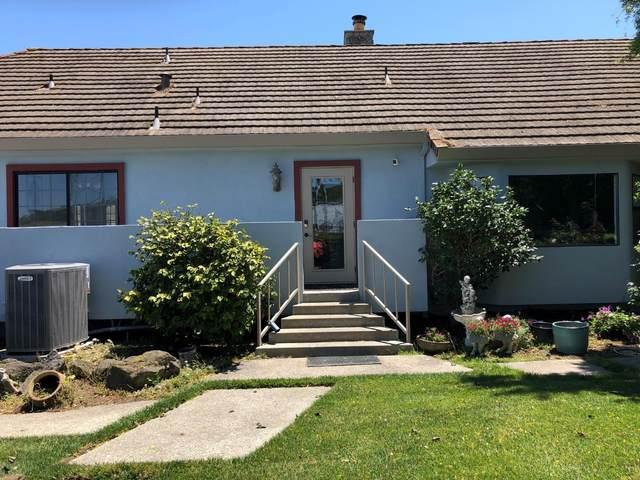 1380 Merrill Rd, San Juan Bautista, CA 95045 (#ML81845292) :: Paymon Real Estate Group