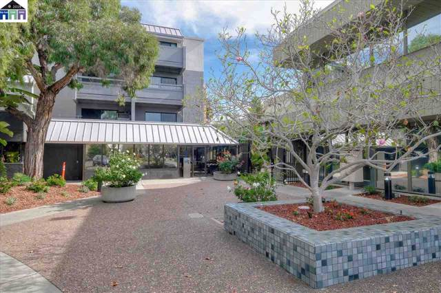 3 Embarcadero West, Oakland, CA 94607 (#MR40885382) :: The Gilmartin Group