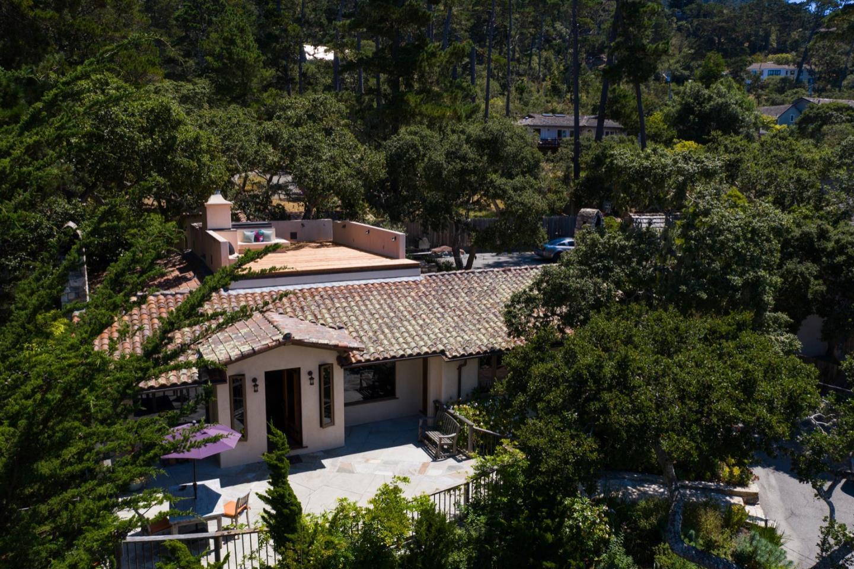 120 Fern Canyon Rd, Carmel, CA 93923 (#ML81693893) :: The Goss Real Estate Group, Keller Williams Bay Area Estates