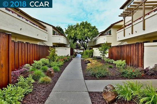5060 Valley Crest Dr, Concord, CA 94521 (#CC40817768) :: Strock Real Estate