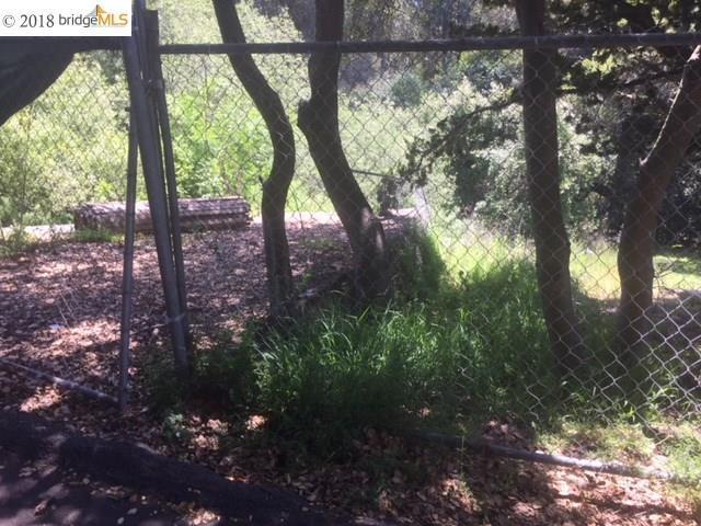 5766 N Arlington Blvd, San Pablo, CA 94806 (#EB40819839) :: Strock Real Estate