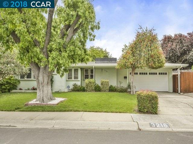 3218 Reva Dr, Concord, CA 94519 (#CC40823462) :: Strock Real Estate
