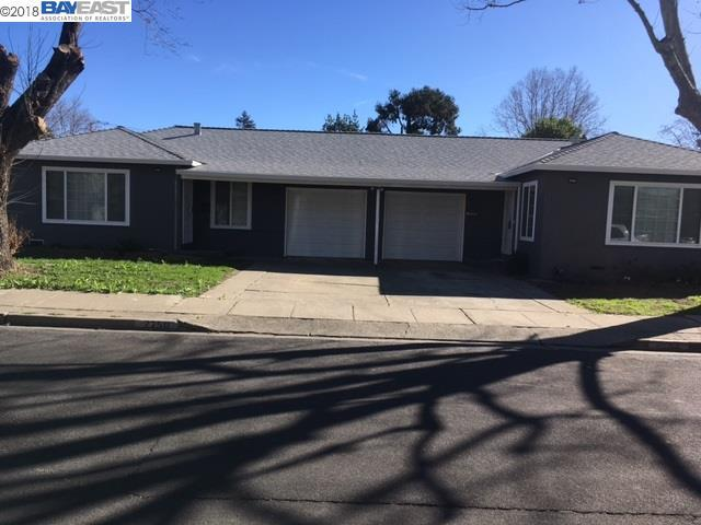 2748 Gill Dr, Concord, CA 94520 (#BE40825866) :: Brett Jennings Real Estate Experts