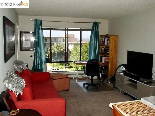 3 Commodore Dr, Emeryville, CA 94608 (#EB40832215) :: Intero Real Estate