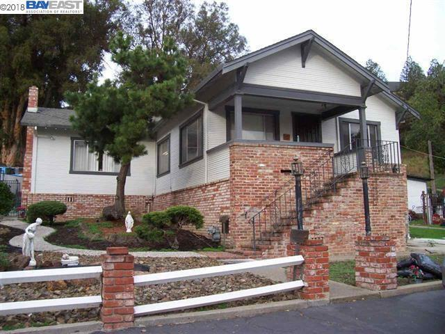 698 Overhill Dr., Hayward, CA 94544 (#BE40843058) :: The Kulda Real Estate Group