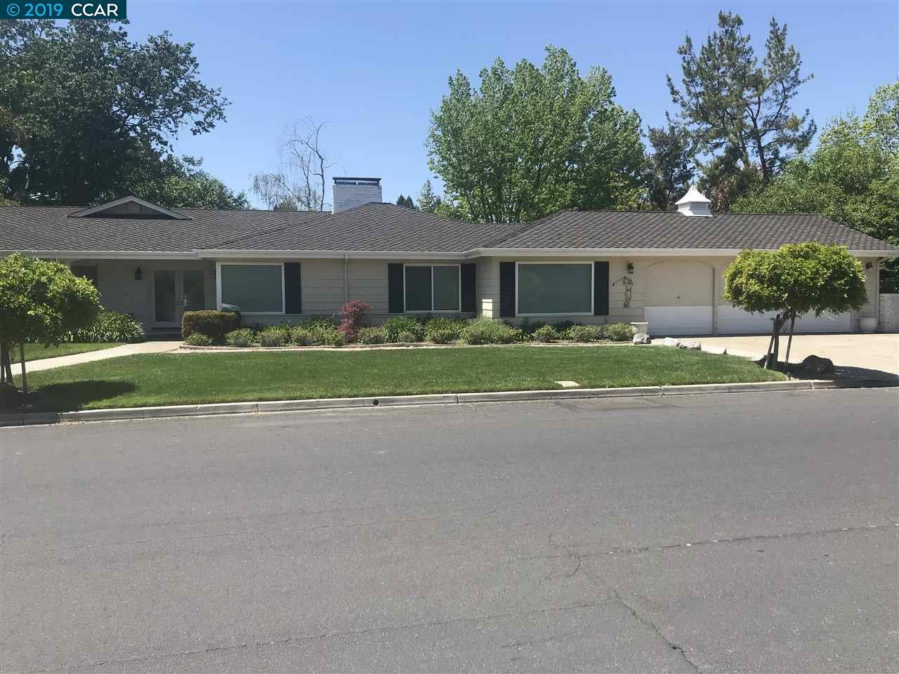 3152 Roundhill Rd - Photo 1