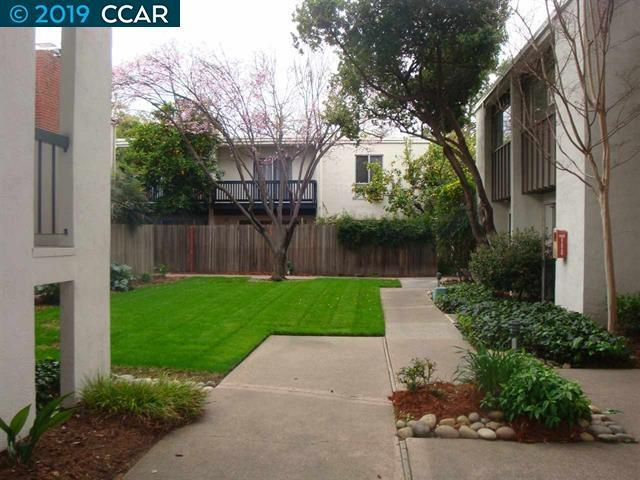 1411 Creekside Dr, Walnut Creek, CA 94596 (#CC40864401) :: Strock Real Estate