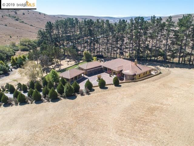 1455 Valley Ford Freestone Rd, Valley Ford, CA 94972 (#EB40866935) :: Strock Real Estate