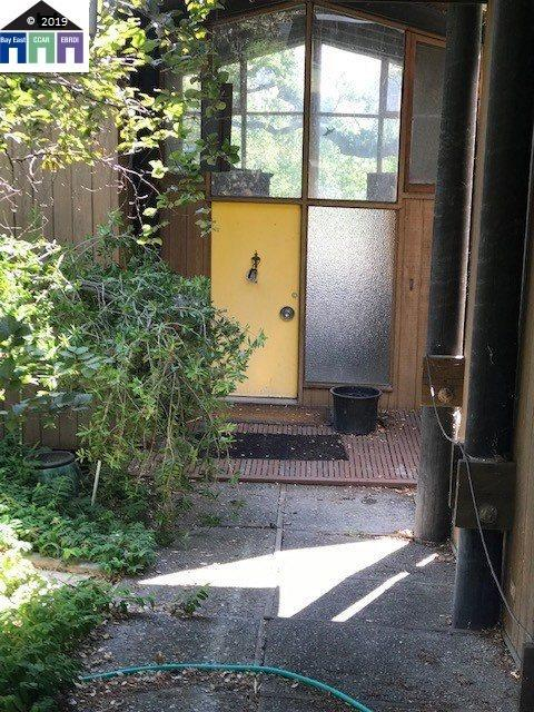 24 Castlewood Dr, Pleasanton, CA 94566 (#MR40875225) :: Strock Real Estate