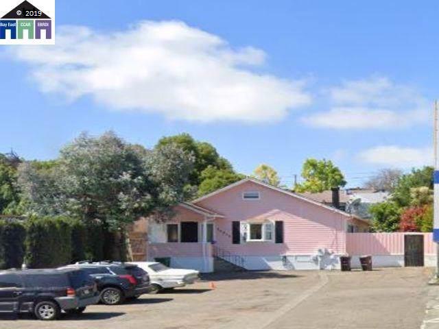 20973 Foothill Blvd, Hayward, CA 94541 (#MR40884617) :: The Kulda Real Estate Group