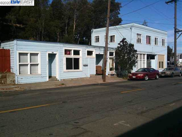 330 Buckley St, Martinez, CA 94553 (#BE40892272) :: Live Play Silicon Valley