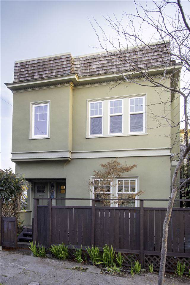 4104 Montgomery, Oakland, CA 94611 (#MR40892436) :: The Kulda Real Estate Group