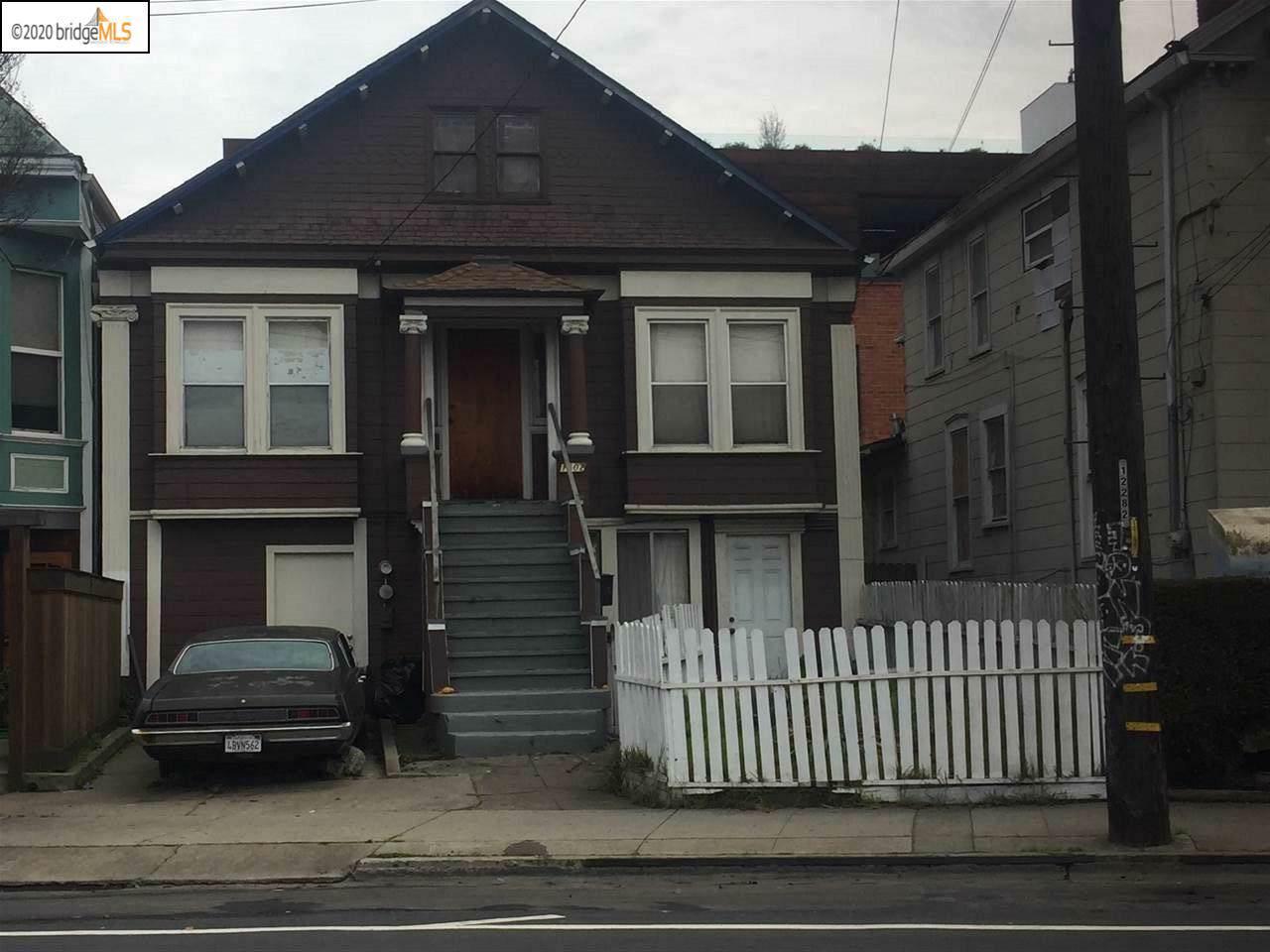 1502 Peralta Street - Photo 1