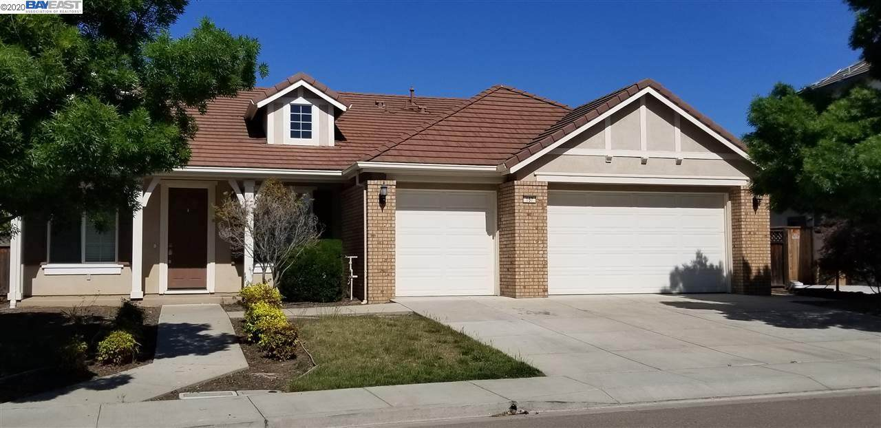 157 Coral Bell Way - Photo 1