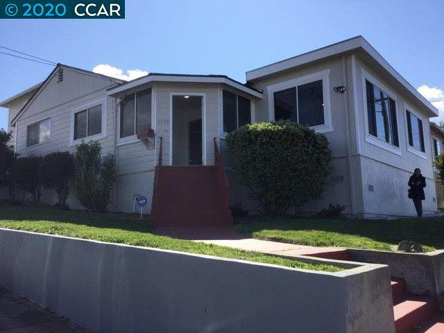 5838 Bayview Ave, Richmond, CA 94804 (#CC40908375) :: Robert Balina | Synergize Realty