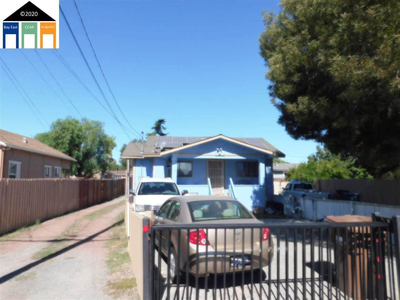 64 Loftus Road - Photo 1