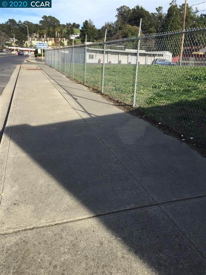5050 Sobrante Ave. - Photo 1