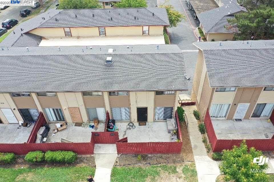 436 Corcoran Ave 4 - Photo 1