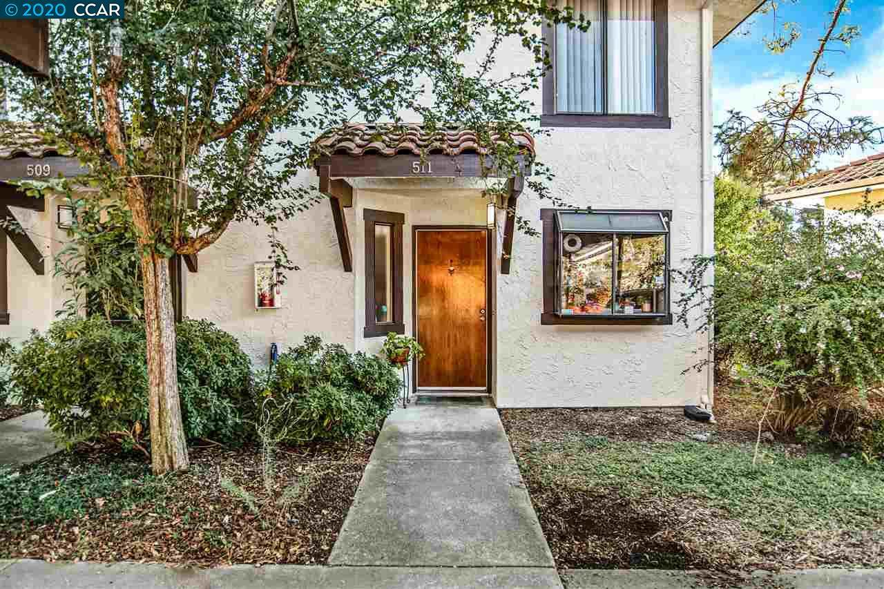 511 Del Valle Cir - Photo 1