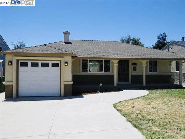 Queen St, Castro Valley, CA 94546 (#BE40929808) :: The Kulda Real Estate Group