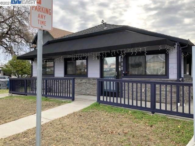 800 E Monte Vista Ave, Vacaville, CA 95688 (#BE40934886) :: Robert Balina | Synergize Realty