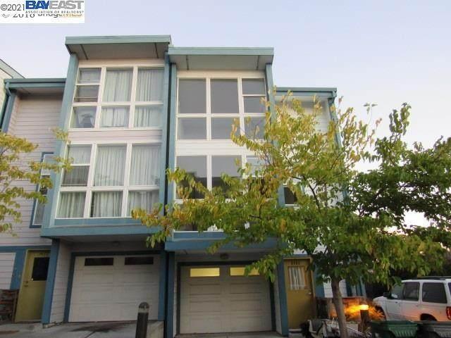 9469 Macarthur Blvd, Oakland, CA 94605 (#BE40935546) :: Schneider Estates