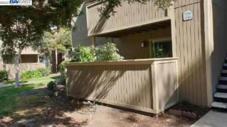 37385 Sequoia Rd - Photo 1